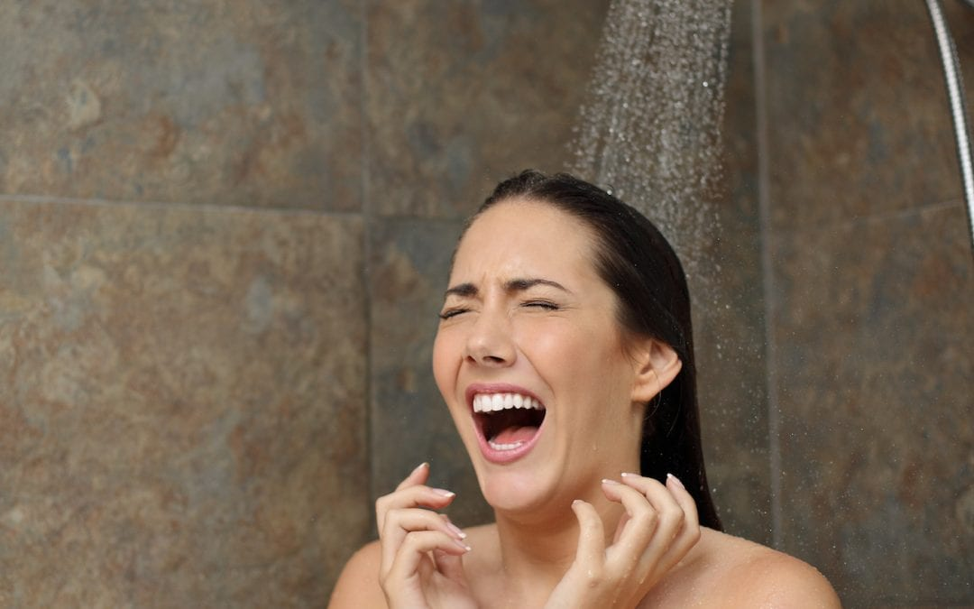 HOW A COLD SHOWER CAN MAKE YOU MORE PRODUCTIVE